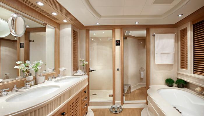 Alexandra Master Bathroom