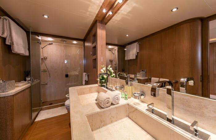 Alexia AV VIP Bathroom