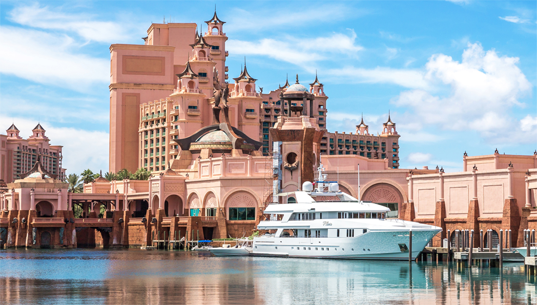 Atlantis Bahamas hotel and yacht
