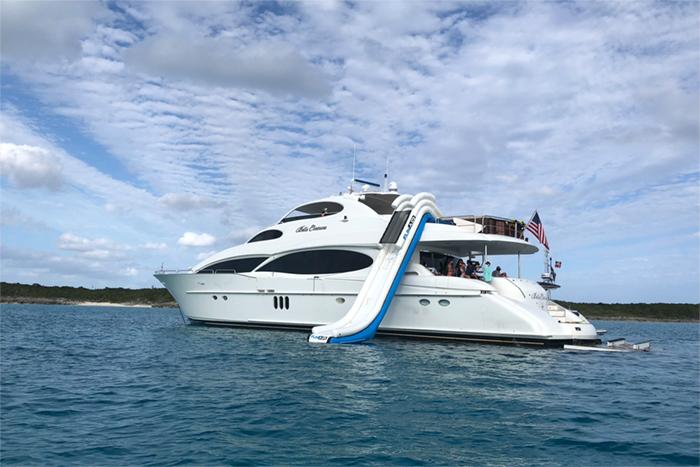 Yacht Bella Contessa