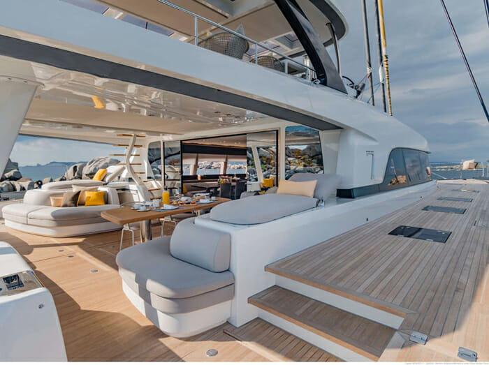 Catamaran Joy - aft deck