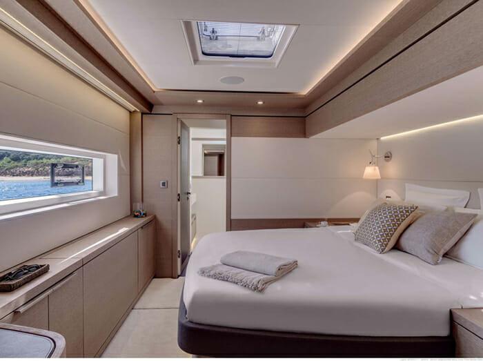 Catamaran Joy - master cabin