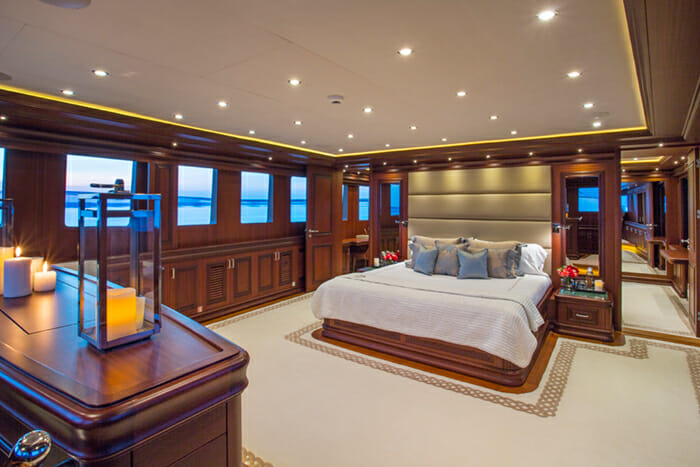 Clarity 160 Master Cabin