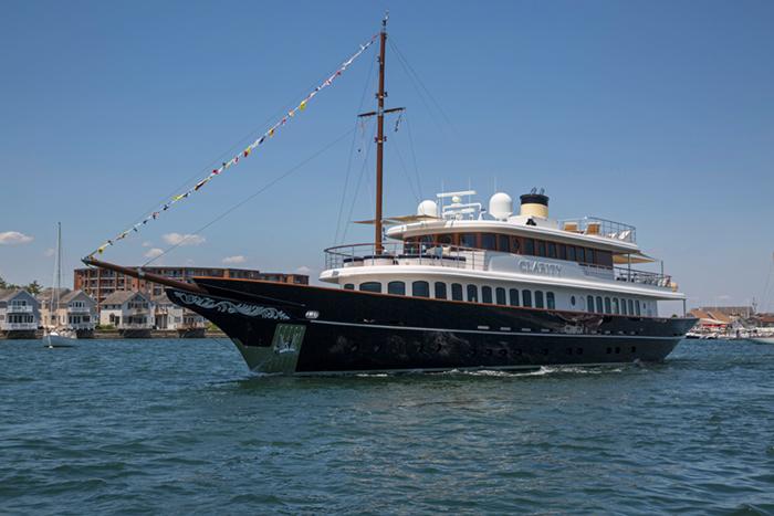 Yacht Clarity 160