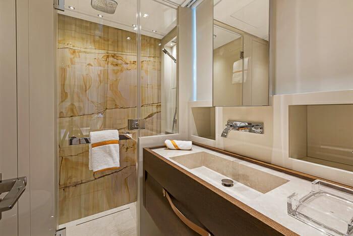 Freddy Guest Bathroom
