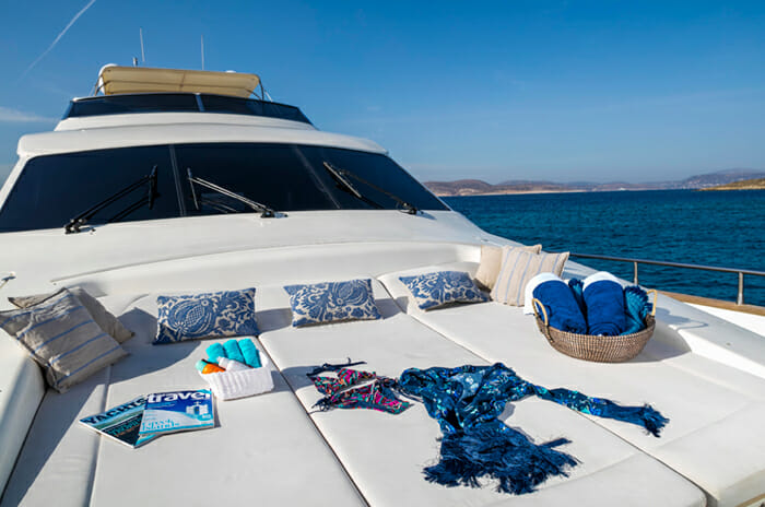 Georgeous Foredeck
