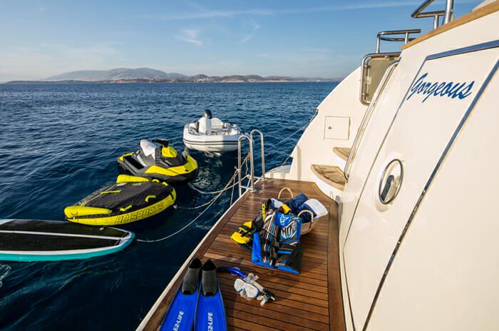 Georgeous Swim Platform and Toys