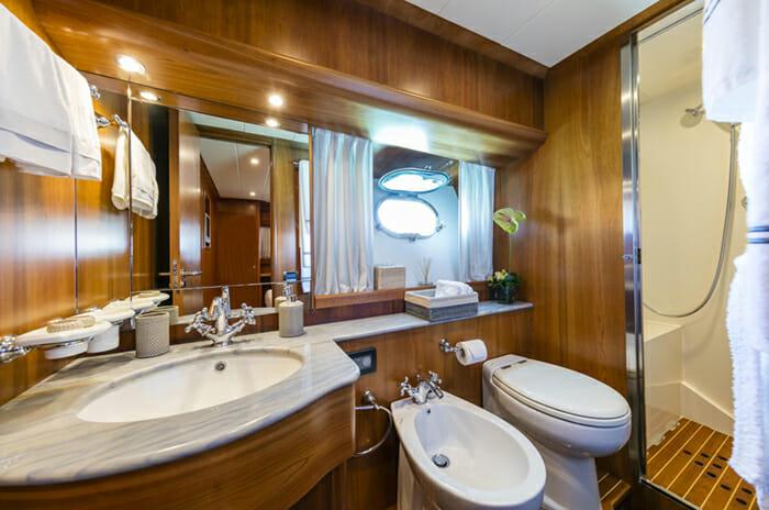 Georgeous VIP Bathroom