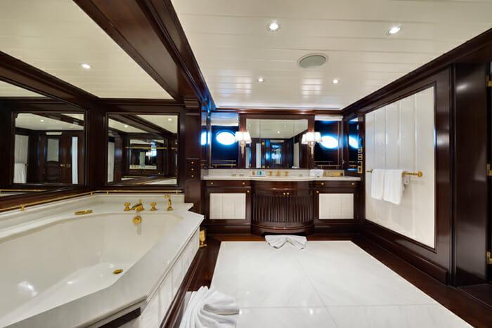 Grand Ocean Guest Bathroom 2