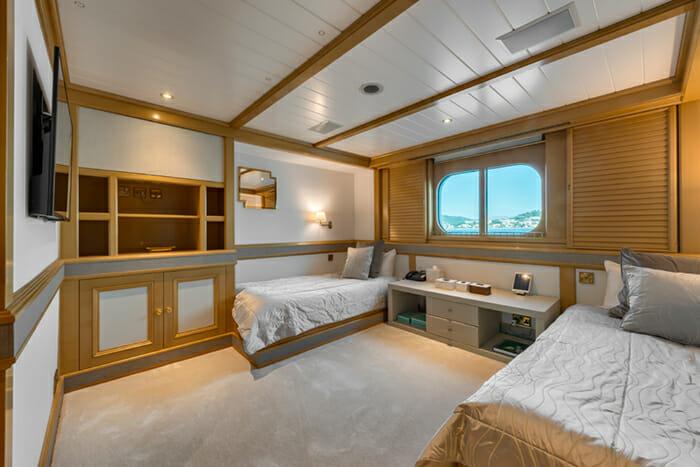 Grand Ocean Twin Cabin