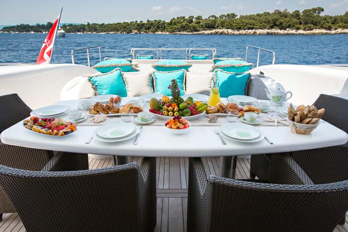 Hercules I main aft deck dining