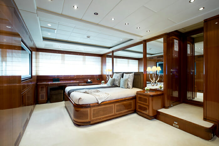 Hercules I master cabin