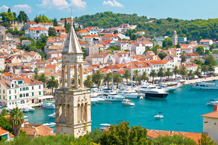 Hvar yacht charters