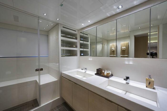 INDIGO - Guest Bathroom