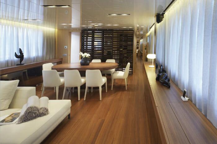 INDIGO - Salon and dining