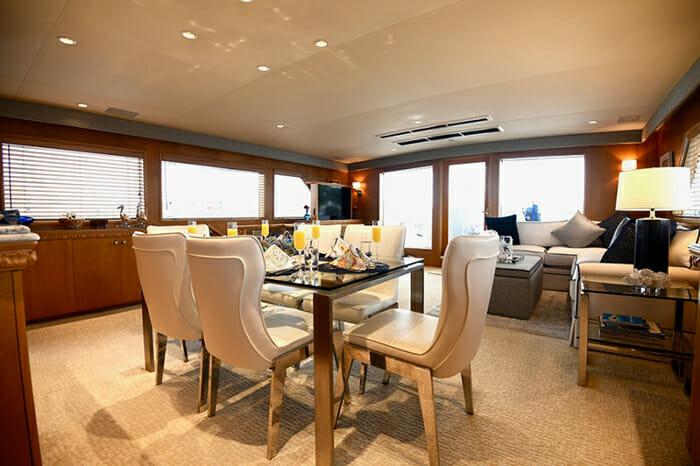 Impulse Yacht dining