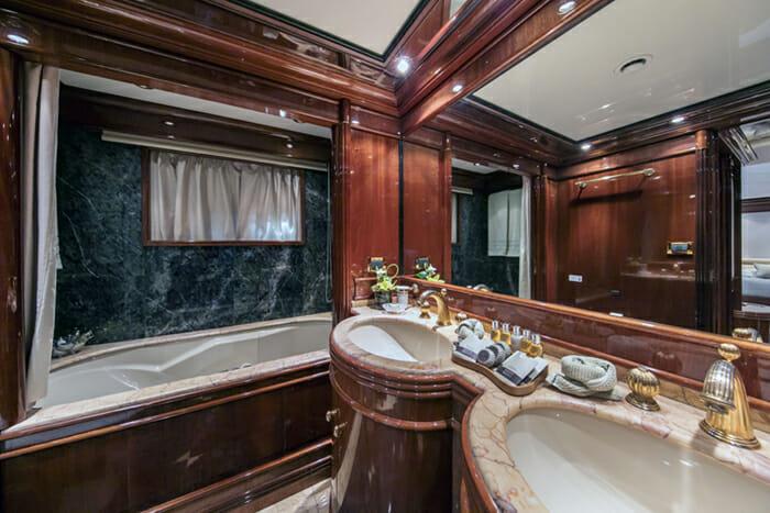 Jaan VIP Bathroom