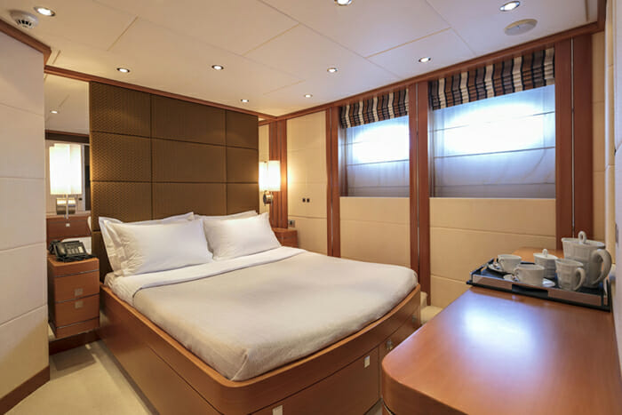 L'Equinox Double Cabin 2