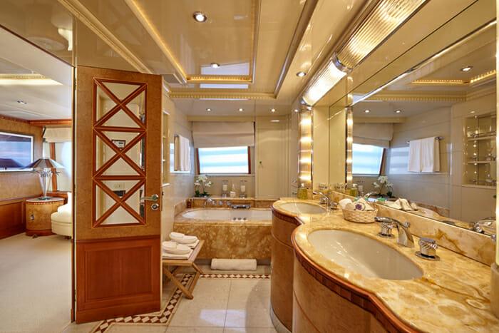 Lady Ellen II Master Bathroom