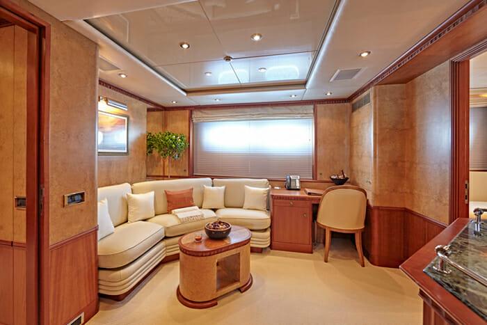 Lady Ellen II VIP Suite