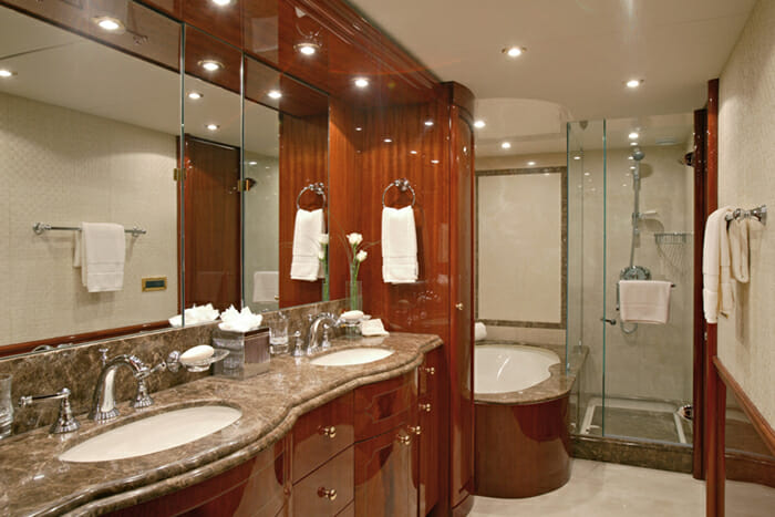 Le Reve Master Bathroom