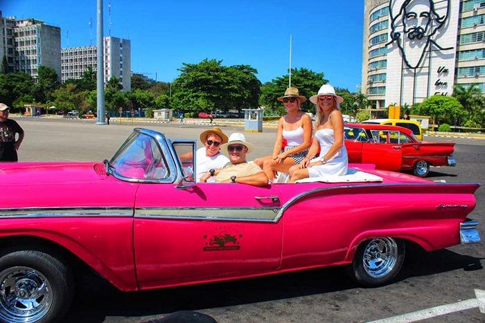 Lee Lubbe in Cuba