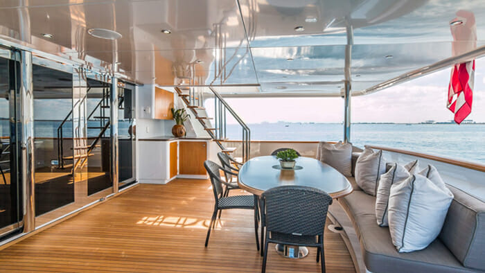 Loon Main Deck Aft