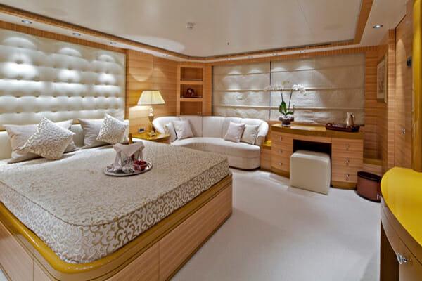 Mia Rama VIP Cabin