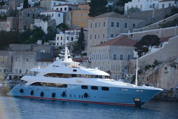 Yacht Mia Rama