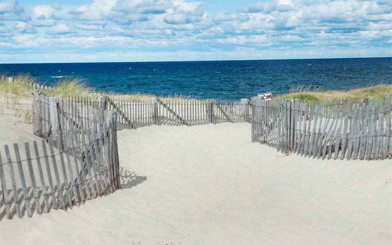 10 Prettiest Beaches in New England