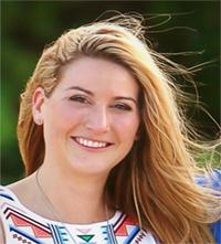 Nicole Breaden Headshot