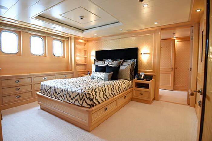 Nita K II VIP Cabin