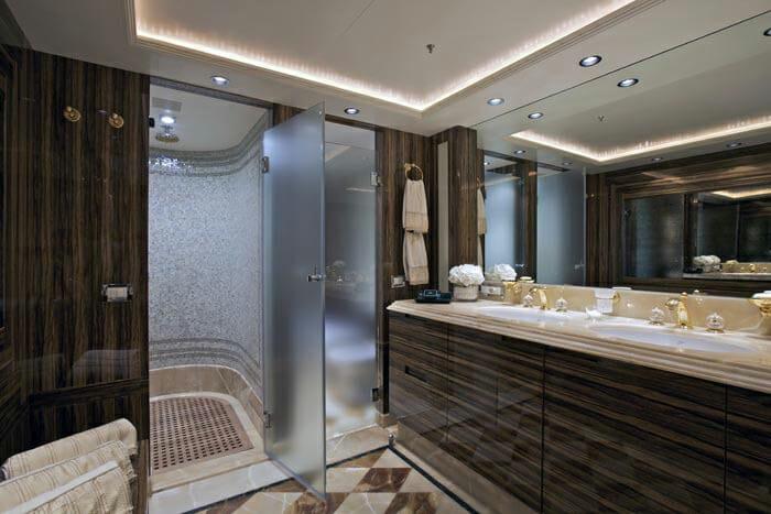 O'Neiro Master Bathroom