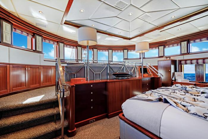 Ocean Club Master Cabin