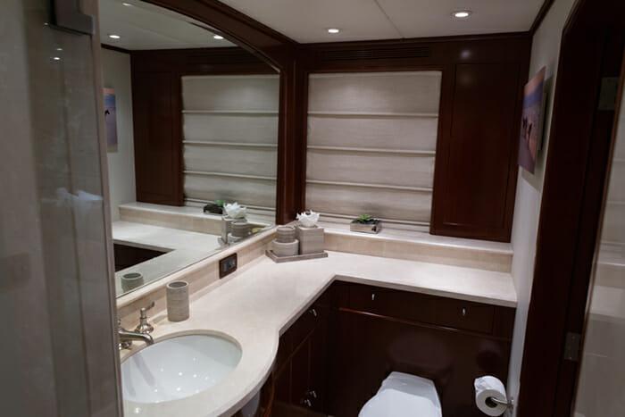Odin VIP Bathroom 2
