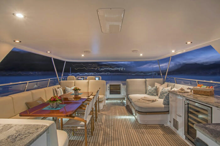 Pura-Vida-FlyBridge-Dining-and-Lounging