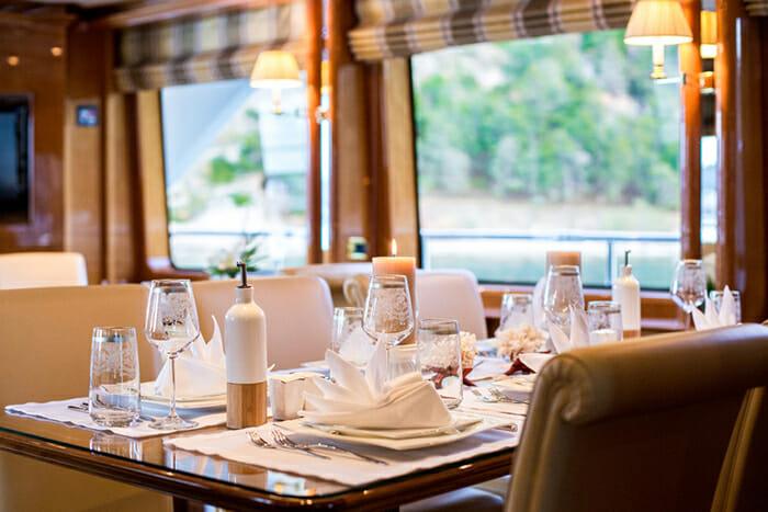 Rebecca V Dining