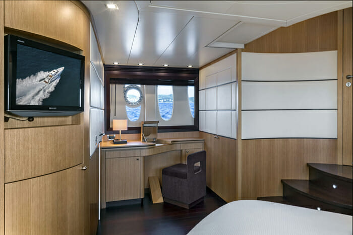 Rena 73 Master Cabin
