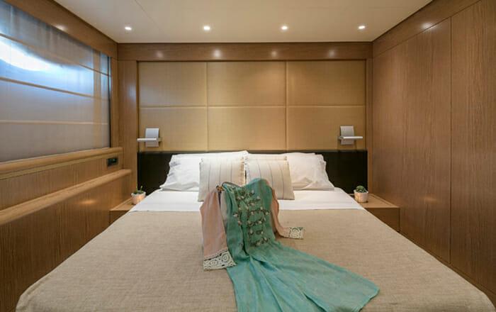 Rini V VIP Cabin