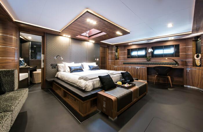 Rox Star Master Cabin