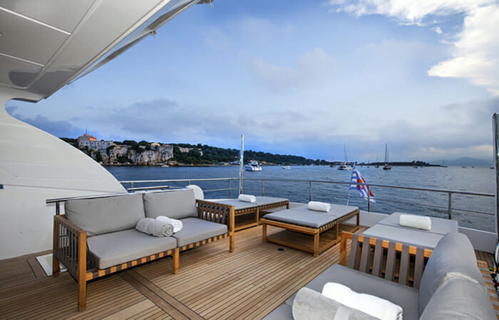 SUD Aft Deck Seating