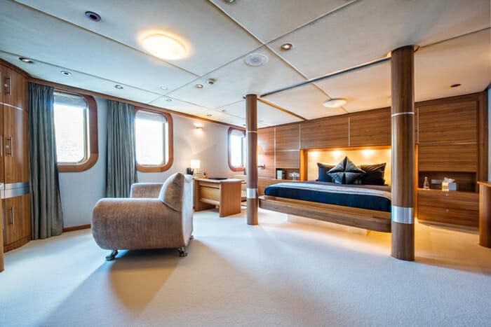 Sherakhan Guest Double Cabin