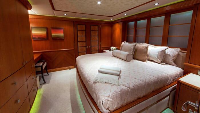 Skyfall Guest Cabin 2