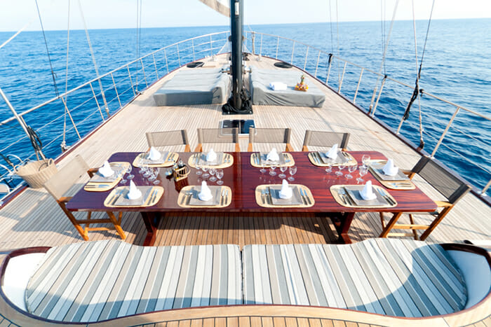 Vita Dolce Deck Dining