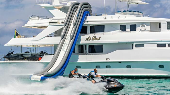 Yacht At Last Slide and Jetski 2