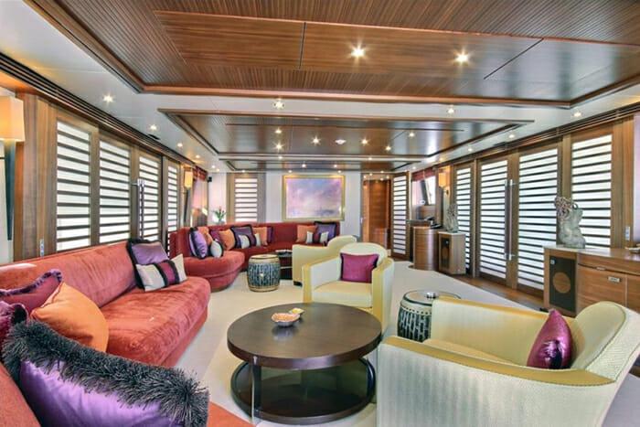 Yacht Balista Skylounge Forward
