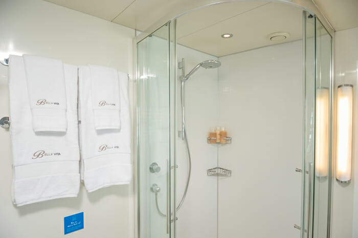 Yacht Bella Vita Master bath shower