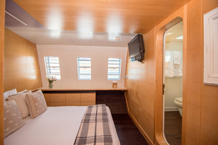 Yacht Bella Vita Port aft Guest stateroom