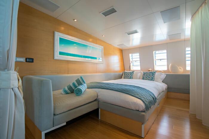 Yacht Bella Vita Salon convertible to Cabin