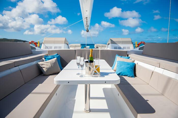 Yacht Bella Vita Sundeck